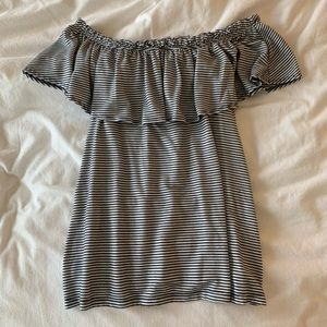 Abercrombie off the shoulder top